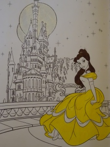 Belle's dress and the moons were colored with Casemate fashion gel pens. Belle's hair was colored with a Stabilo 88 pen (which I also like). The picture comes from the Art Therapy Disney Princess coloring book.